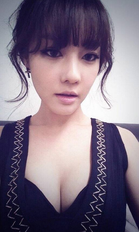 boobs2woori1
