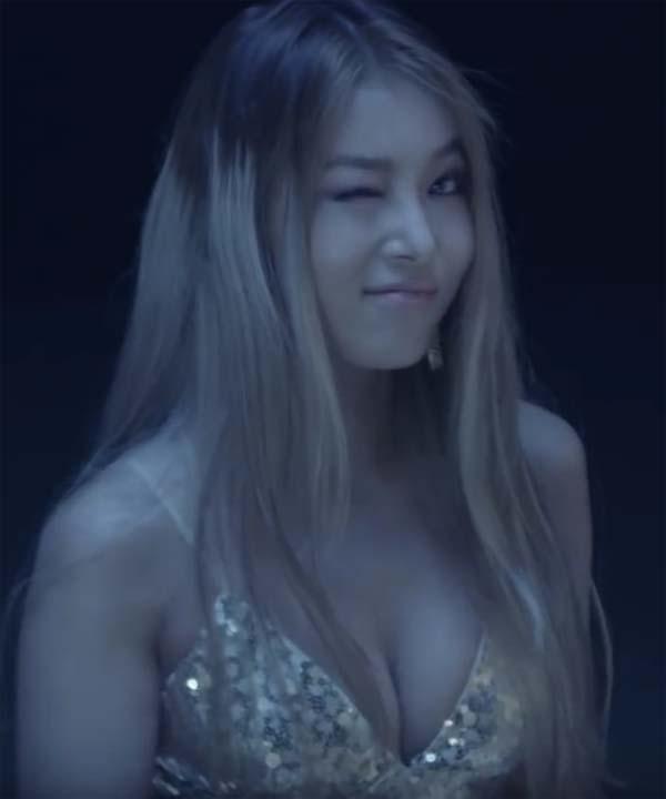Debby ryan naked tits